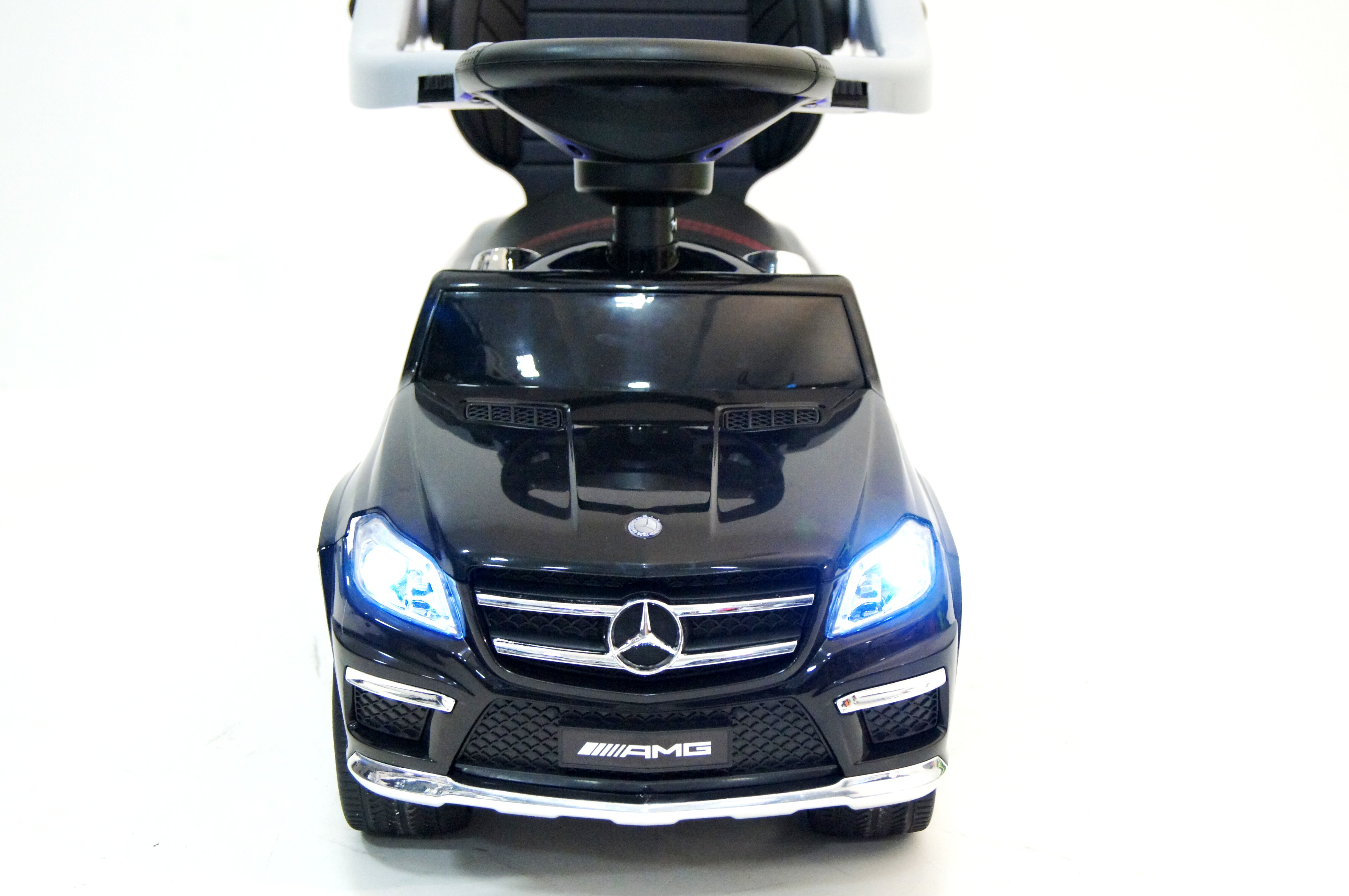 Толокар RiverToys Mercedes-Benz GL63 A888AA-M black