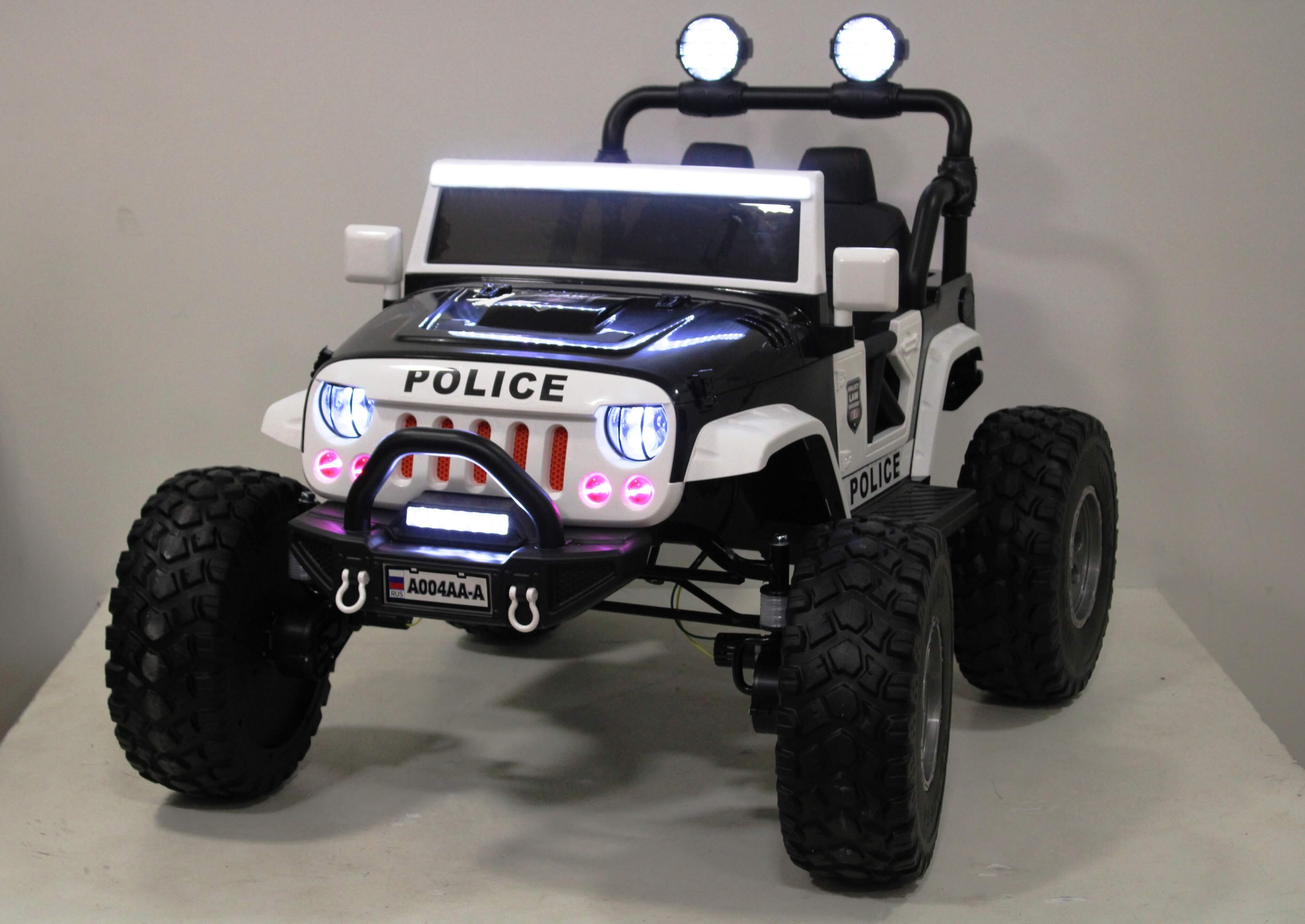 Электромобиль RiverToys Jeep A004AA-А Police